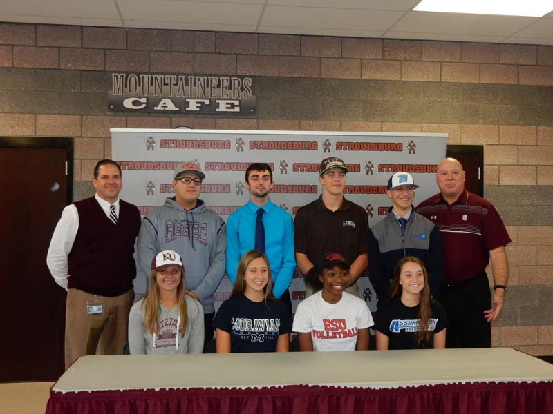 Eight Athletes Sign To Continue Their Athletic Career