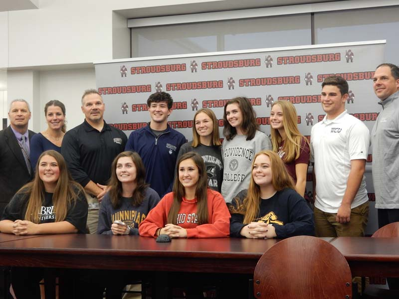 Nine+students+sign+with+colleges+to+continue+their+athletic+careers+--+See+photo+gallery