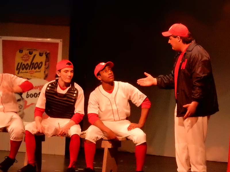 Check out the Damn Yankees photo gallery!