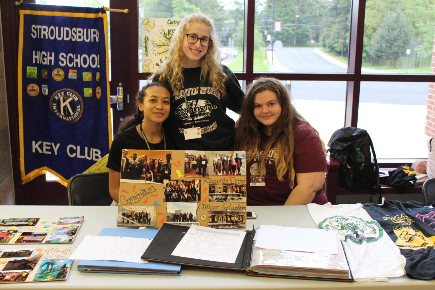 Key Club takes on the activities fair