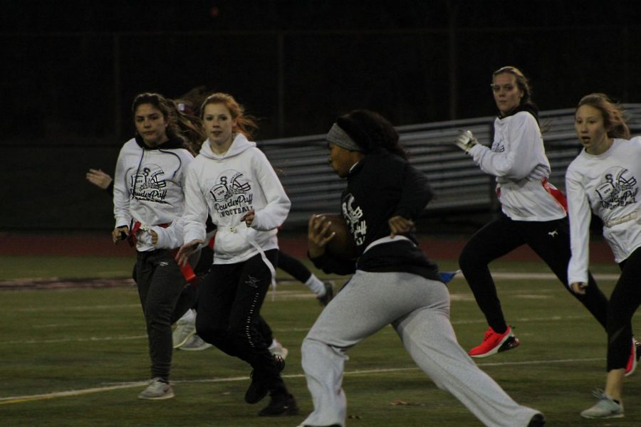 A+shot+taken+during+the+Stroudsburg+Powderpuff+game+in+which+girls+get+to+play+football.