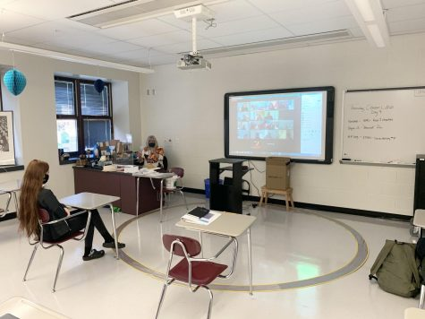 English teacher Mrs. Griswold teaches both in school and remote students simultaneously.
