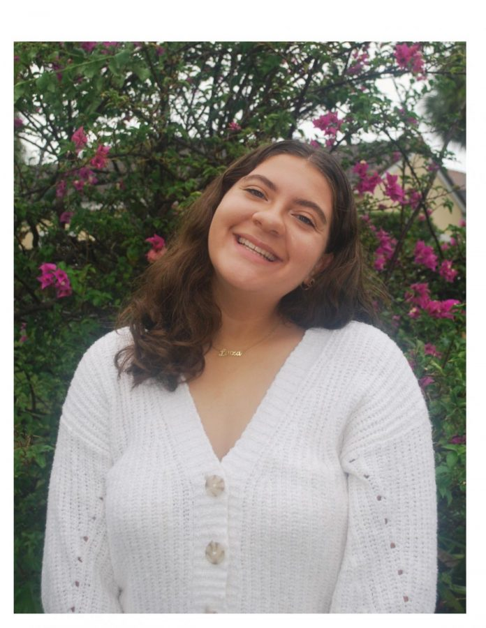 Homecoming Nominees : LUIZA PESSOA
