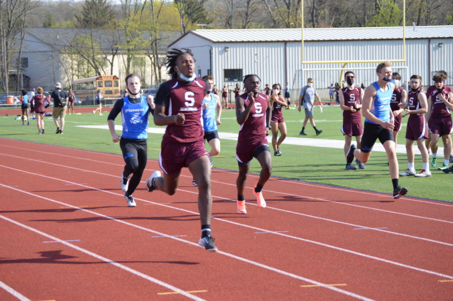 Senior Jahkai Barnes won the 400m dash for Stroudsburg with a time of 54.27, and junior Jaylen Morrison came in second.