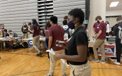 SHS students learn about clubs at annual Activity Fair